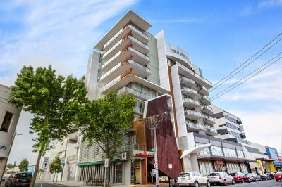 A lovely westerly aspect and large balcony compliment this outstanding apartment.