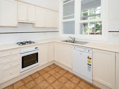 Spacious Updated Apartment...Walk To Everything