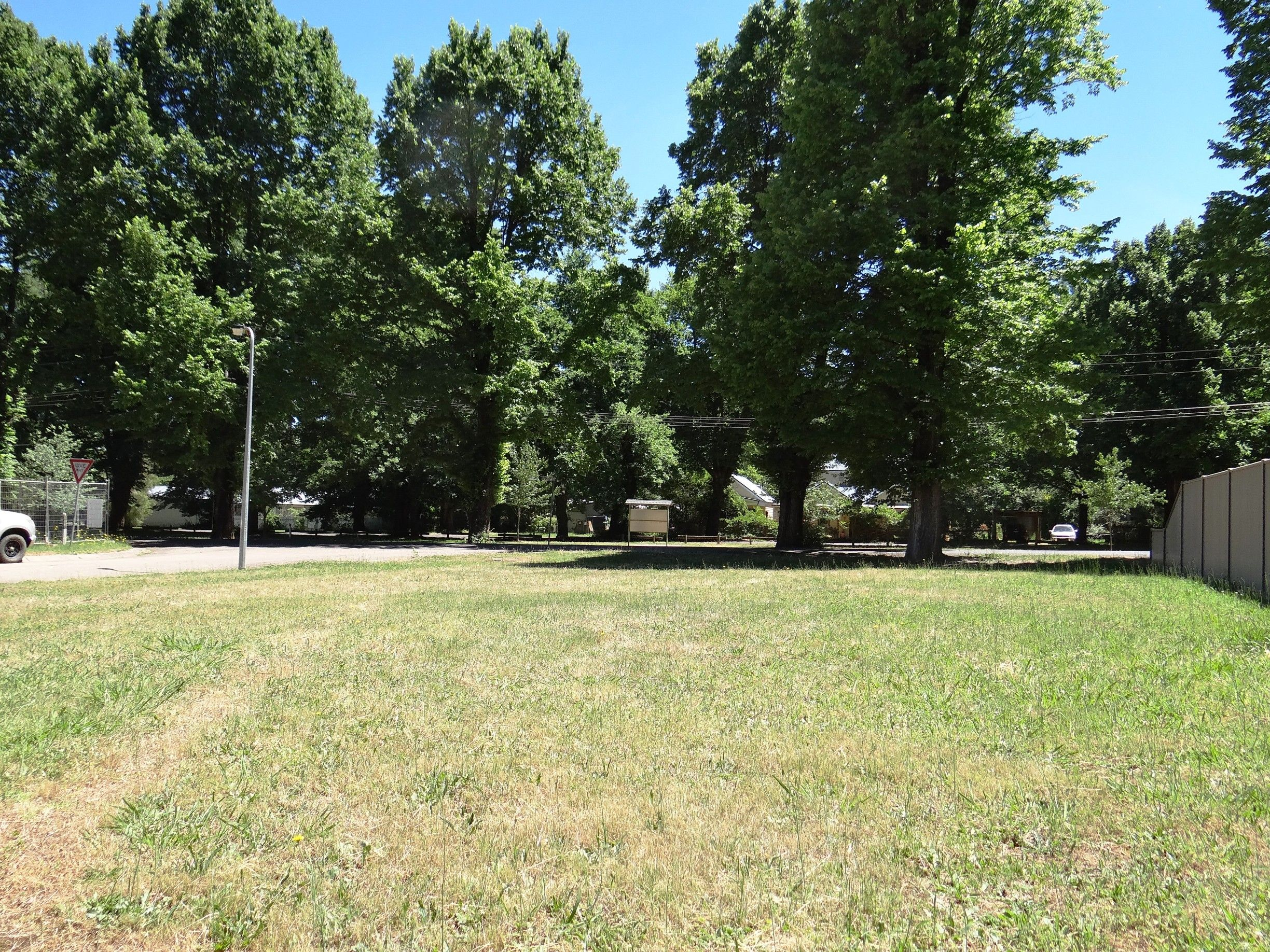 Central Flat Vacant Land