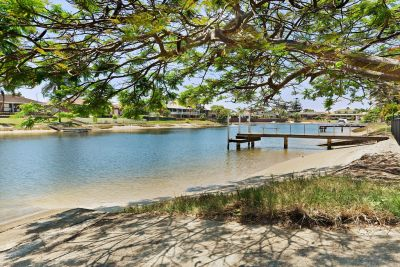 The Ultimate Family Home in a Fantastic Waterfront Location  Fully furnished