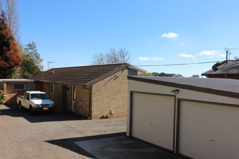 GREAT HOME ON NORTHERN SIDE OF MOSS VALE