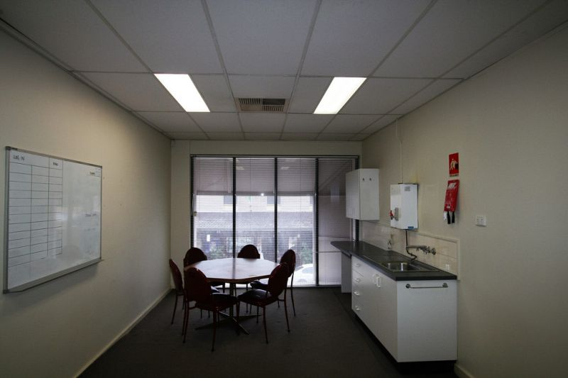 Beaumont Street Lease With Off Street Parking!