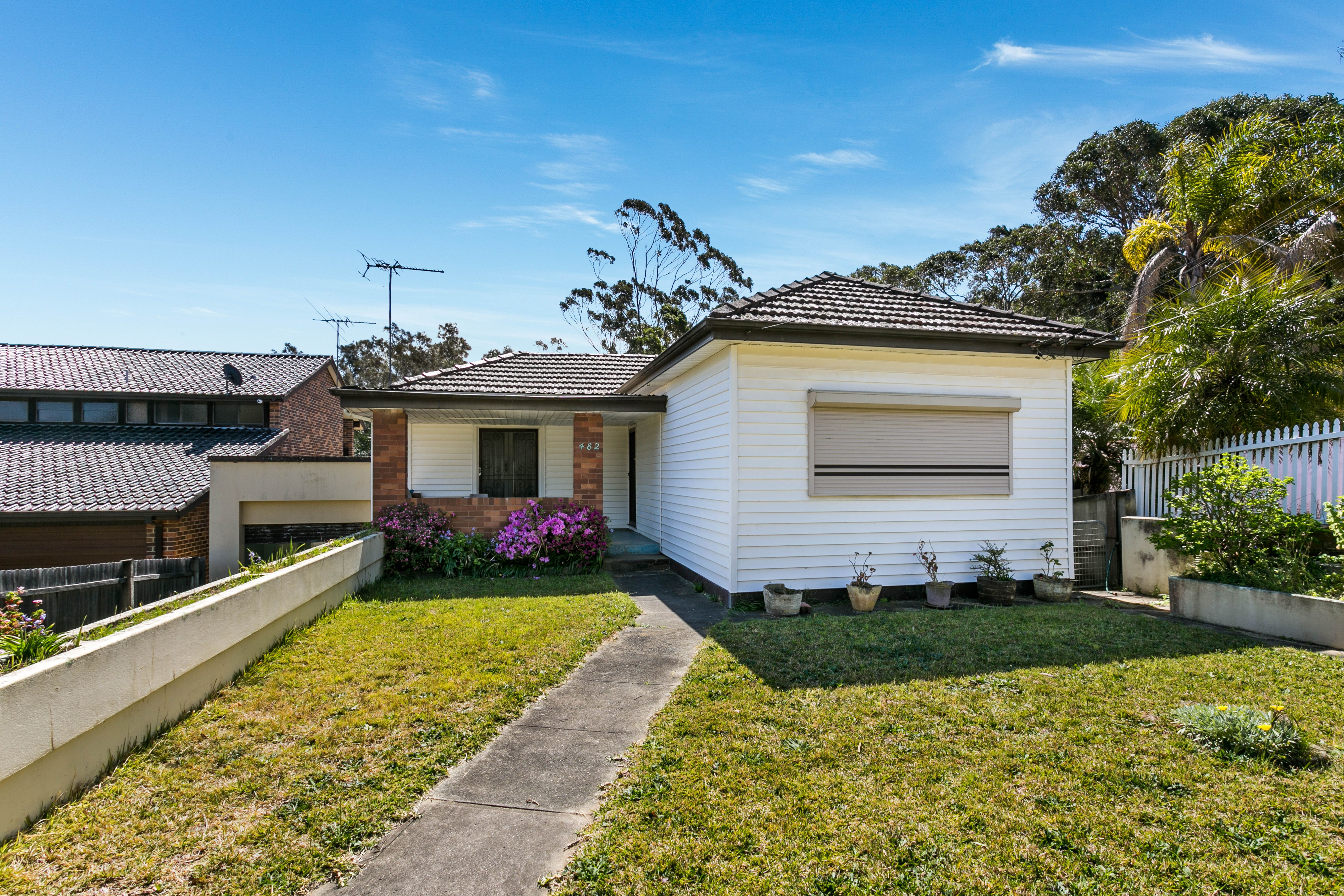 482 Henry Lawson Drive, East Hills NSW 2213