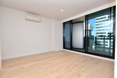 Lighthouse: Brand New One Bedroom Apartment in the Heart of the City!