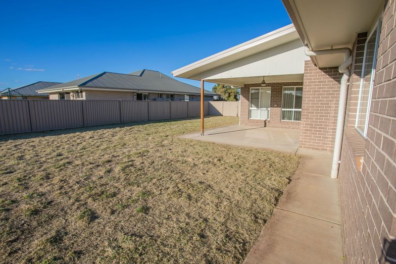 104 Cypress Pines Drive, Miles