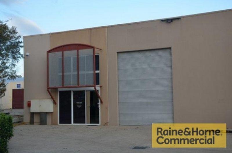 384sqm Office & Warehouse