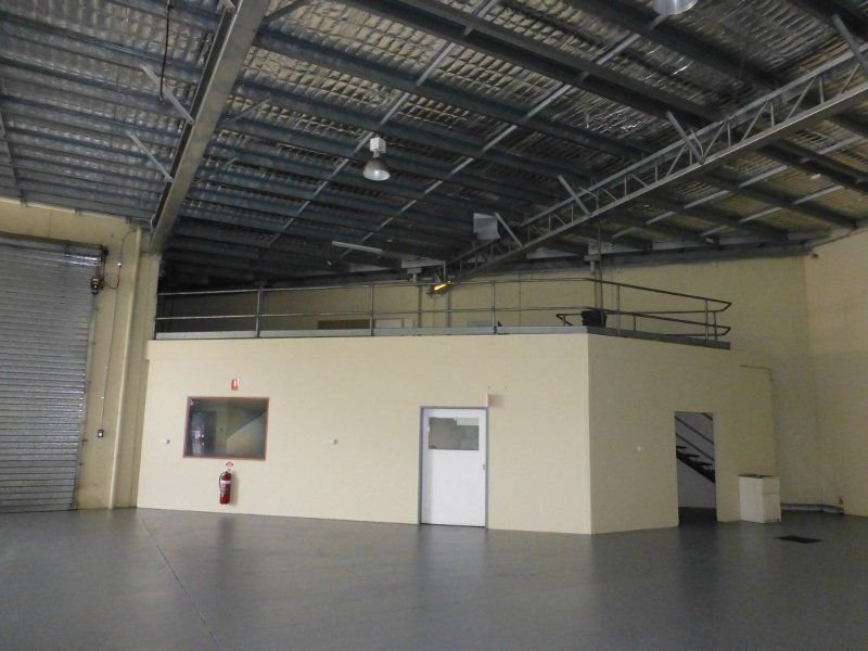 Vacant Now!  - 500m2 with hardstand in Mackays Industrial hub!