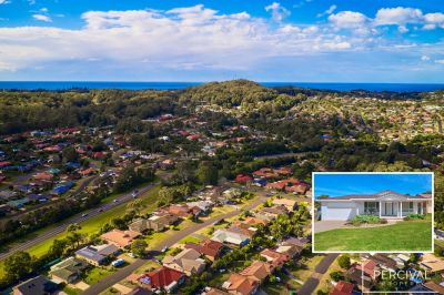 Family Entertainer Minutes from Lighthouse Beach - Side Access