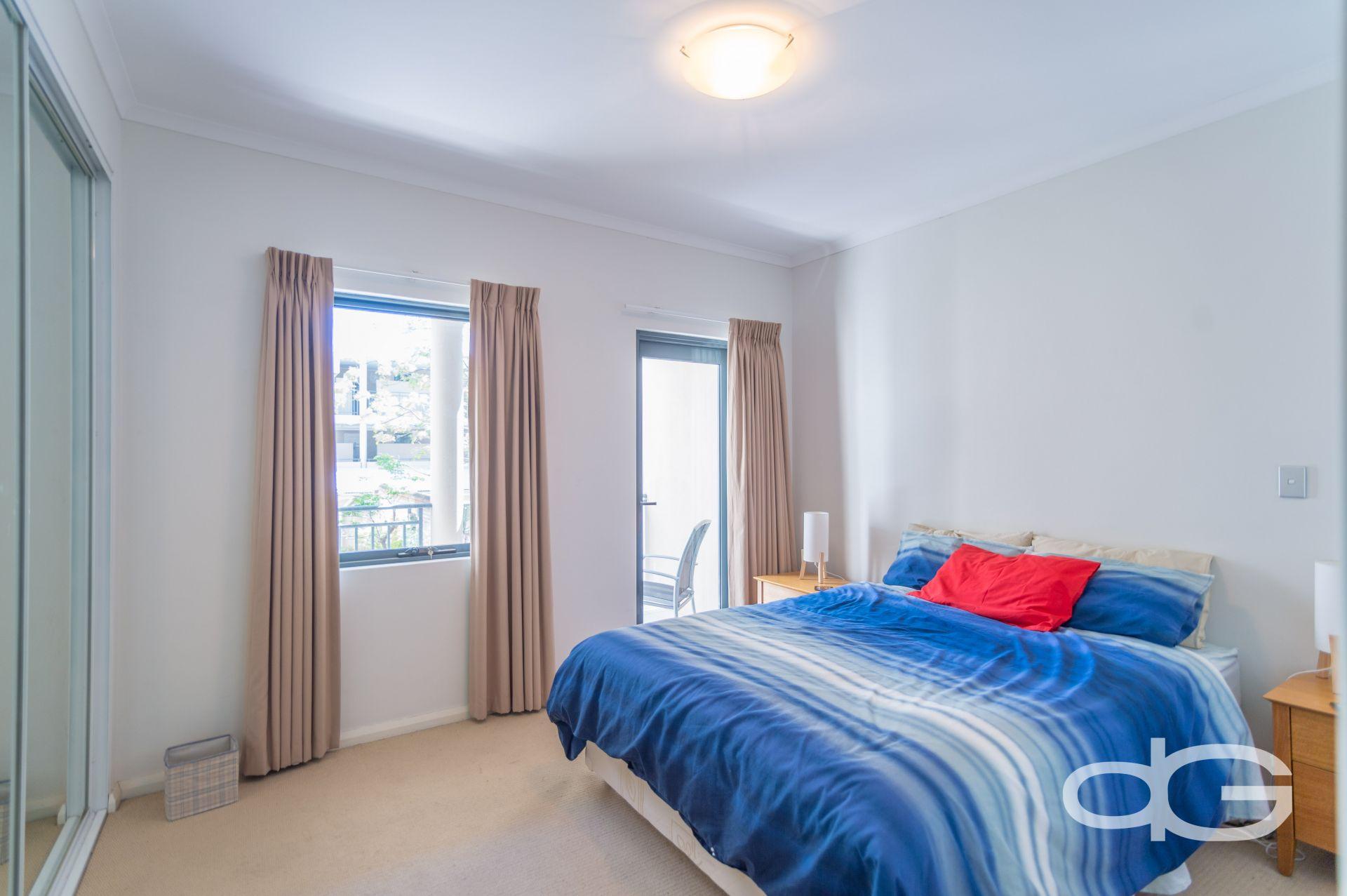 6D Nairn Street, Fremantle