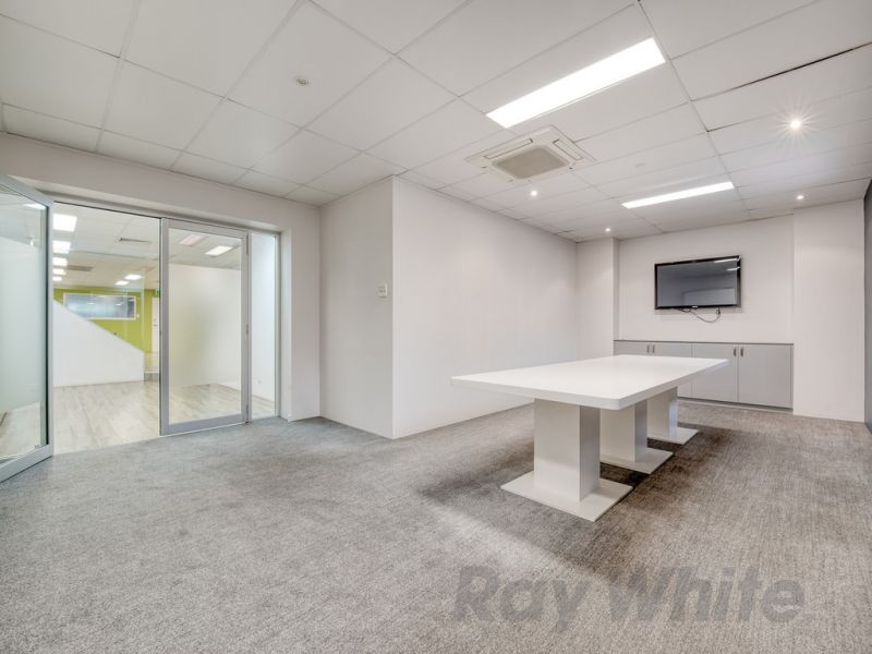 182m2* First Floor Commercial Office with Fit-out