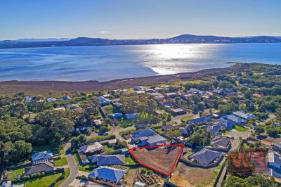 5 Magpie Cove, Little Grove