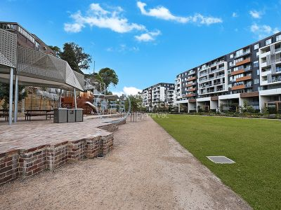 Oversized North Facing 2-Bedroom Apartment with Parking in Harold Park