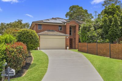 Large Family Home in Whisper Quiet Cul-de-Sac with Pool + Bushland Retreat - Bring your Caravan as there's room for that too!
