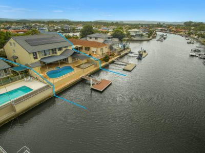 North Facing Entertainer..... Over 20m* of Waterfront