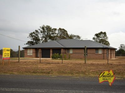 Large Family Home on Approx. 1 Acre