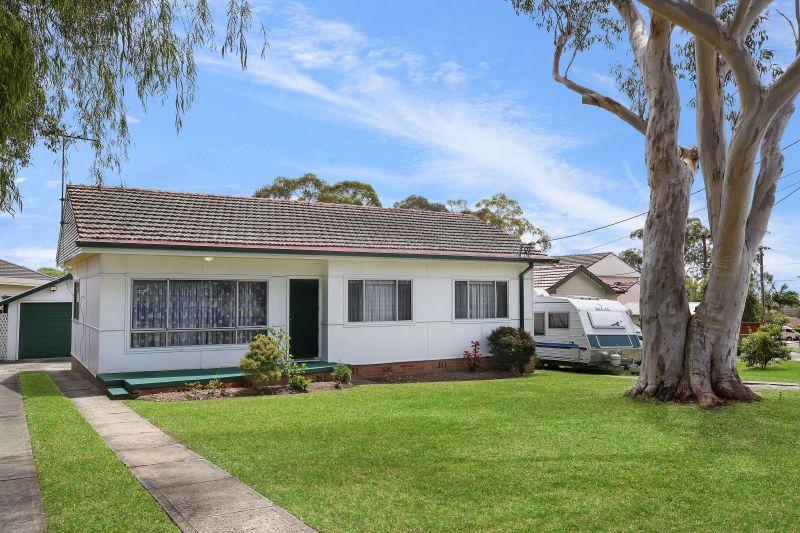 73 Wollybutt Road, Engadine NSW 2233