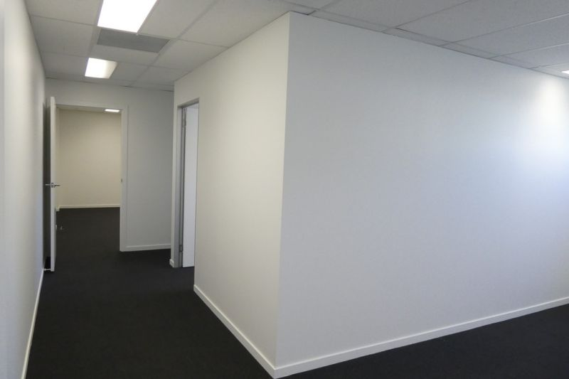 67sqm* Quality Office Suite Close to M1 Motorway