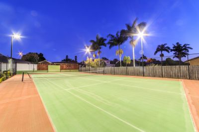ANYONE FOR TENNIS = Family Waterfront Opportunity?