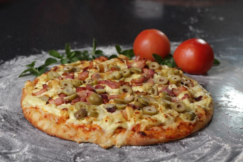 Well Known Gourmet Pizza - Perth Southern Suburbs