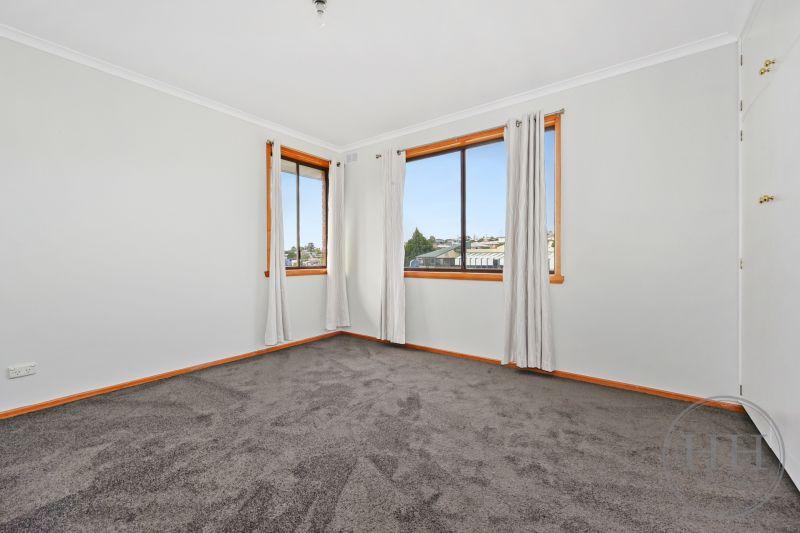304 Hobart Road-12