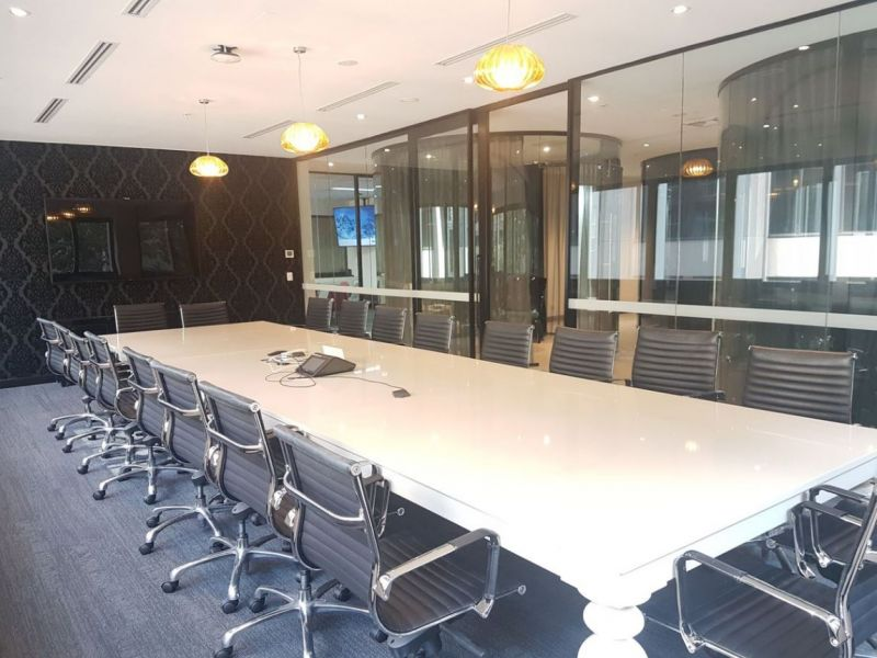 Fully Fitted Office in the City!