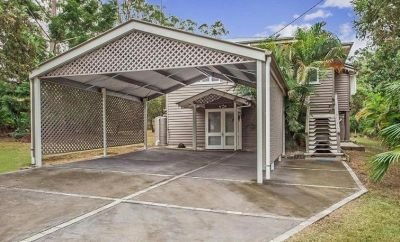 LOVELY HOME IN SOUGHT AFTER POSITION