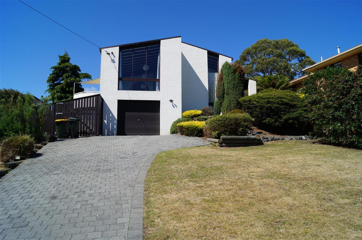 63 Illawarra Road