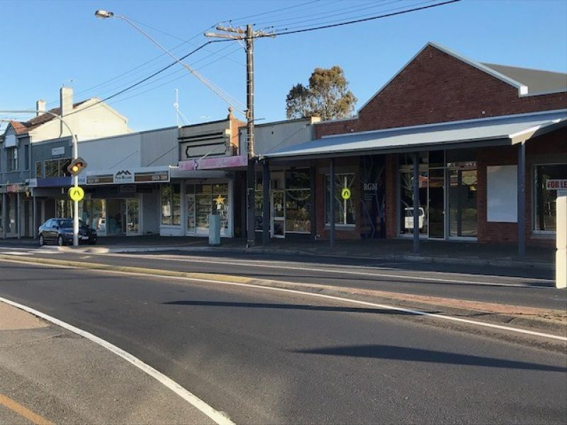 EXCELLENT MAIN STREET LOCATION - IDEAL FOR RETAIL OR OFFICE - 144m2