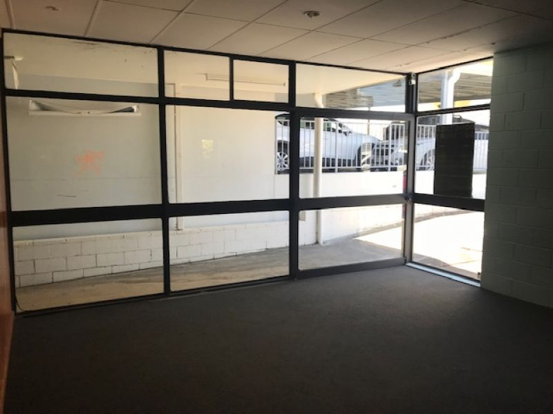 Affordable Arcade Office in Central Caloundra