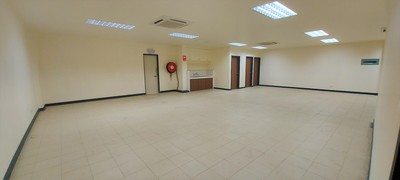 Split Level Industrial Office For Lease