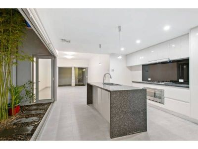 MOUNT LAWLEY, WA 6050