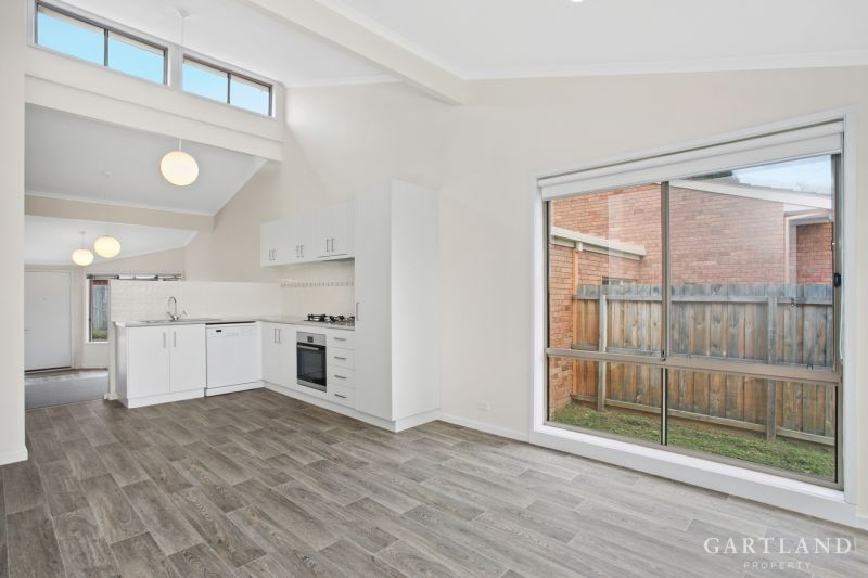 2/145 South Valley Road Highton