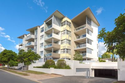 Luxury apartment next to Robina Town Centre