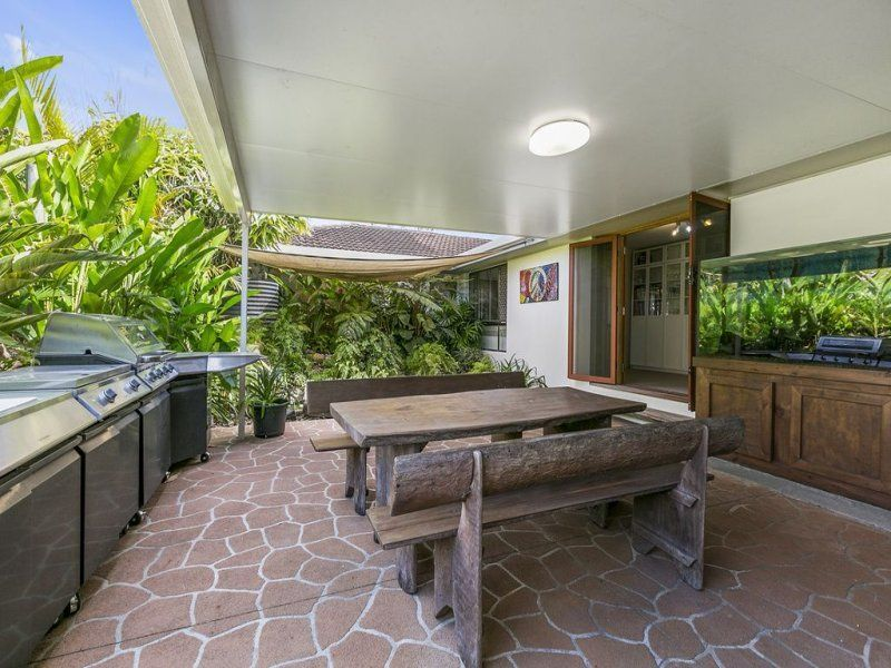 sold property sold price for 210 russell st cleveland qld 4163