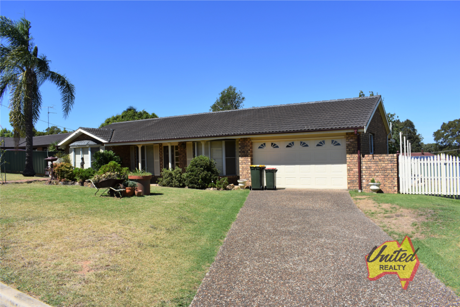 14 Glendiver Road The Oaks 2570