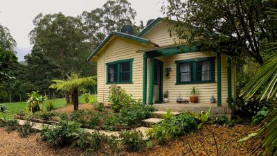 A HOME AMONG THE GUM TREES