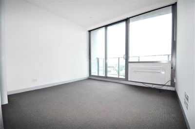 Flagstaff Place: Stunning Two Bedroom Apartment Awaits!