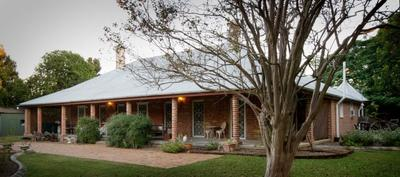 Riverfront acreage with 5 bedroom historic home