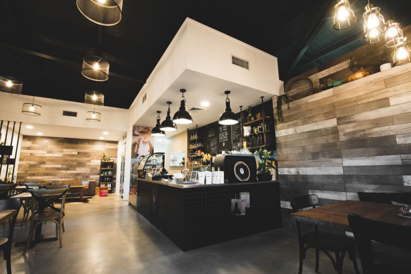Stylish Cafe for Lease / Sale