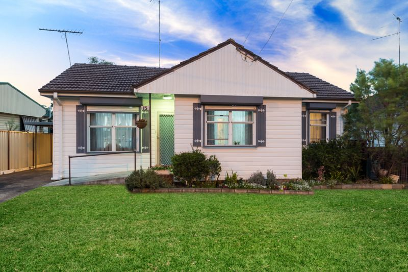 15 Vardys Road, Lalor Park NSW 2147