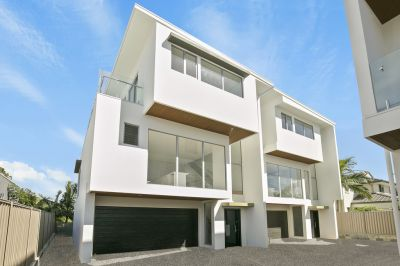 BRAND NEW DESIGNER TOWNHOUSES - TWO SOLD AND THREE REMAINS