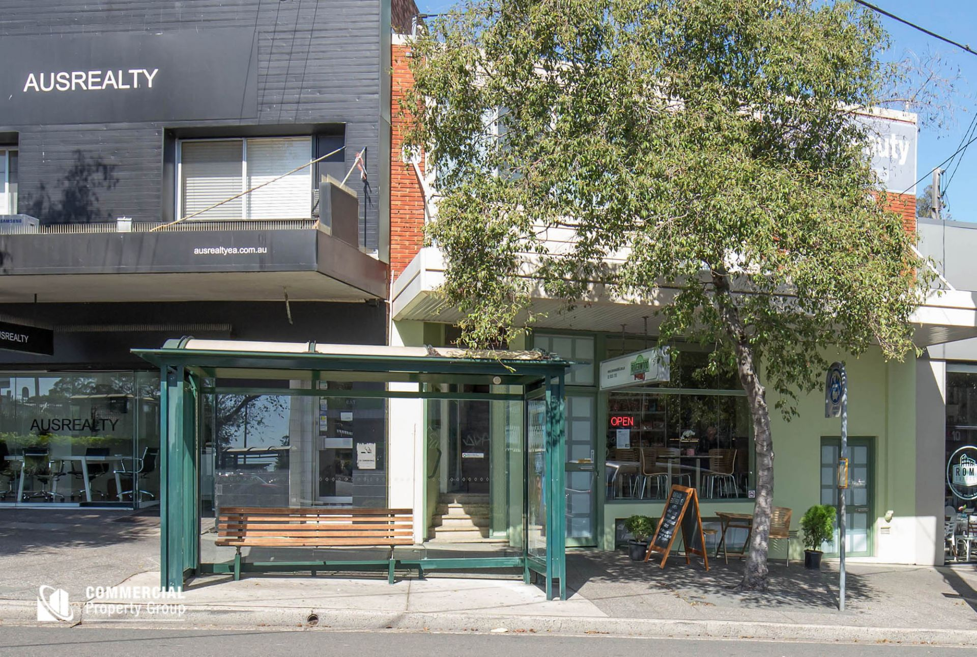 INVESTMENT - MULTIPLE LEASES - RETAIL & RESIDENCES