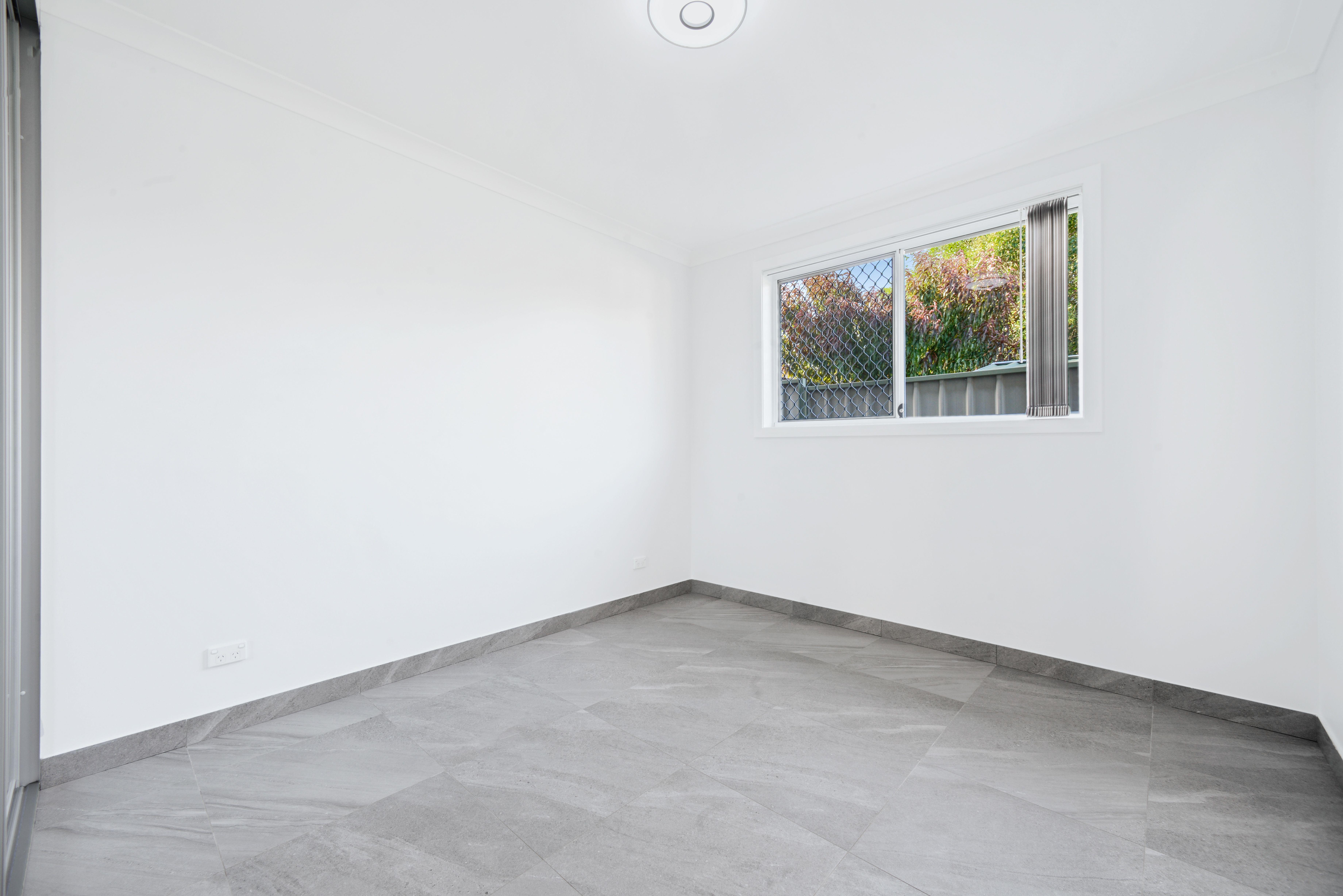 1 Lascelles Lane, Greenacre NSW 2190