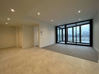 Premier lifestyle in Yarra's Edge 'Voyager' tower