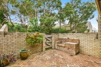 Three Bedroom Townhouse In An Idyllic Parkside Enclave (Entry Via Isabel Avenue)