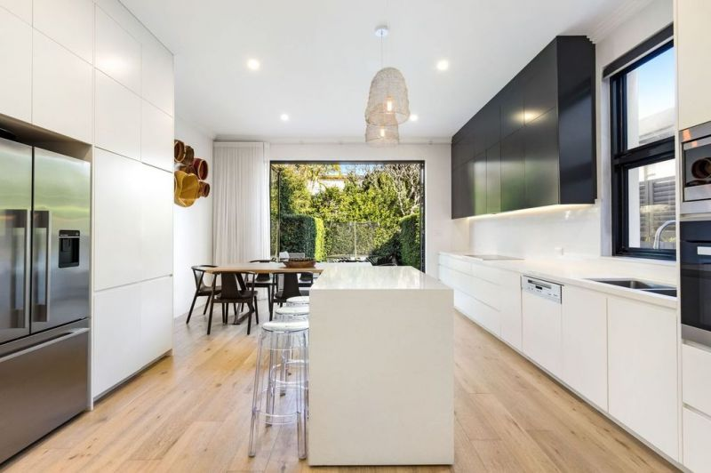 Stylishly Appointed, Family Semi in Prized Location