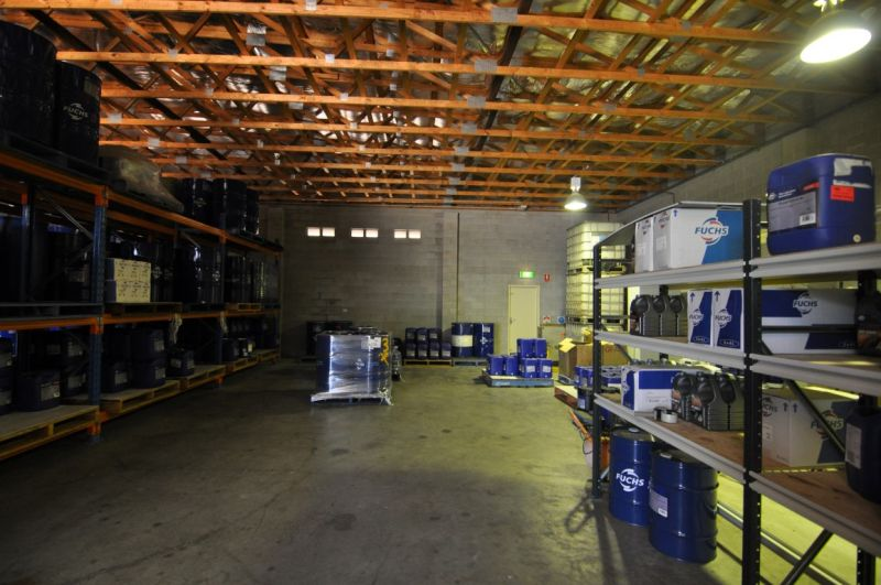 Modern stand alone office & warehouse