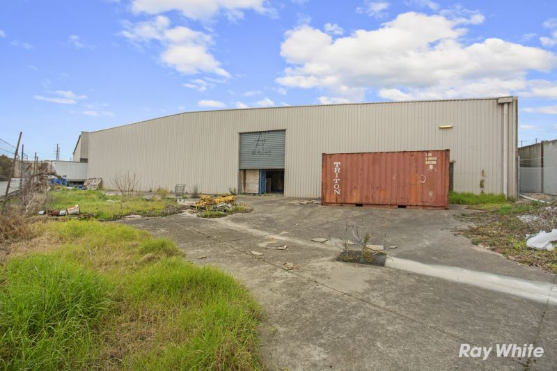 Functional  Warehouse with Land at Rear