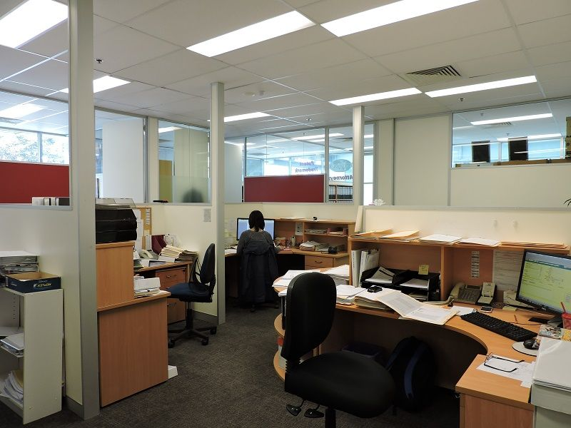 PREMIUM OFFICE SPACE WITH GREAT EXPOSURE