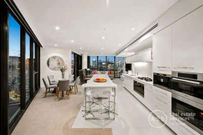 The ultimate Yarra's Edge prize with breathtaking views